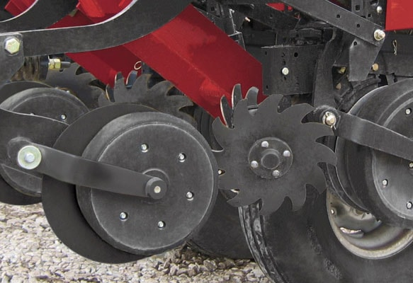 Case-IH-Liquid-Fertilizer-Attachments-2-min.jpg