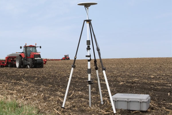 Case-IH-RTK-Base-Station-min.jpg
