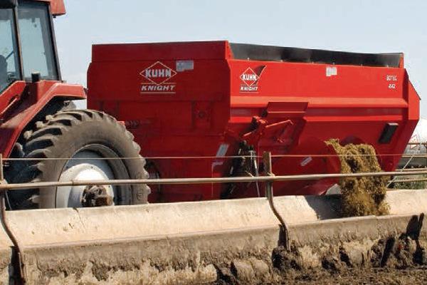 Kuhn Knight 4136 Four-Auger TMR Mixer At Farmers Equipment